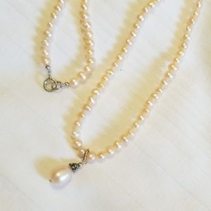 Vintage Pink Small Faux Pearl Necklace